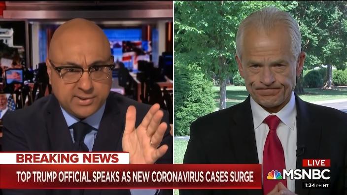 MSNBC主持人维尔希(左)质疑纳瓦罗(右) 视频截图