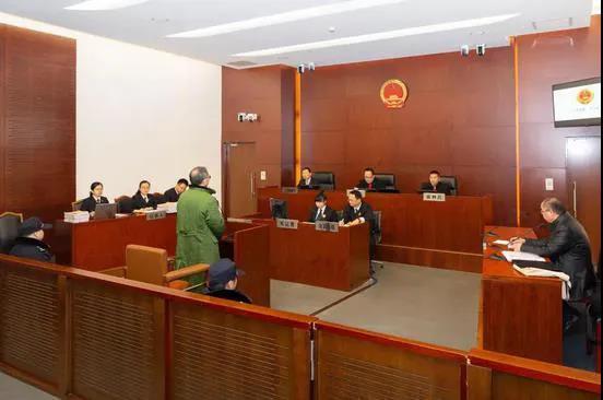杏悦:行一副局长被判8年半杏悦曾花80万为图片