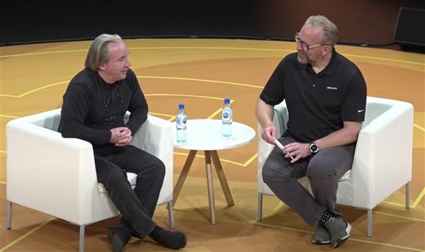 Linux之父Linus Torvalds:我早就不编程了、工作就是说不
