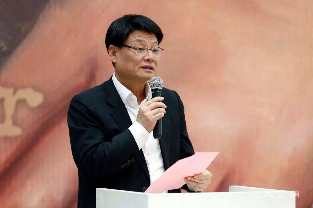 民生银行董事提议给洪崎发1500万元奖励