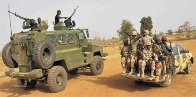 极端组织搞伏击打死20名尼日利亚士兵?尼军方:是对方被消灭17人