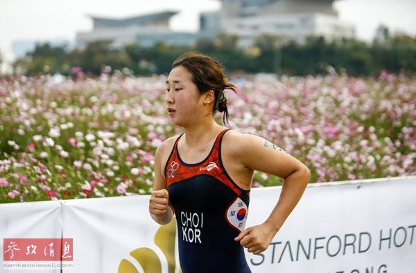 """铁人三项女运动员被虐自杀 韩国体育界""""虐待盛行""""令人震惊"""