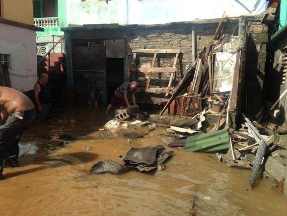 """""""伊萨亚斯""""增强为一级飓风 加勒比地区多国受灾"""