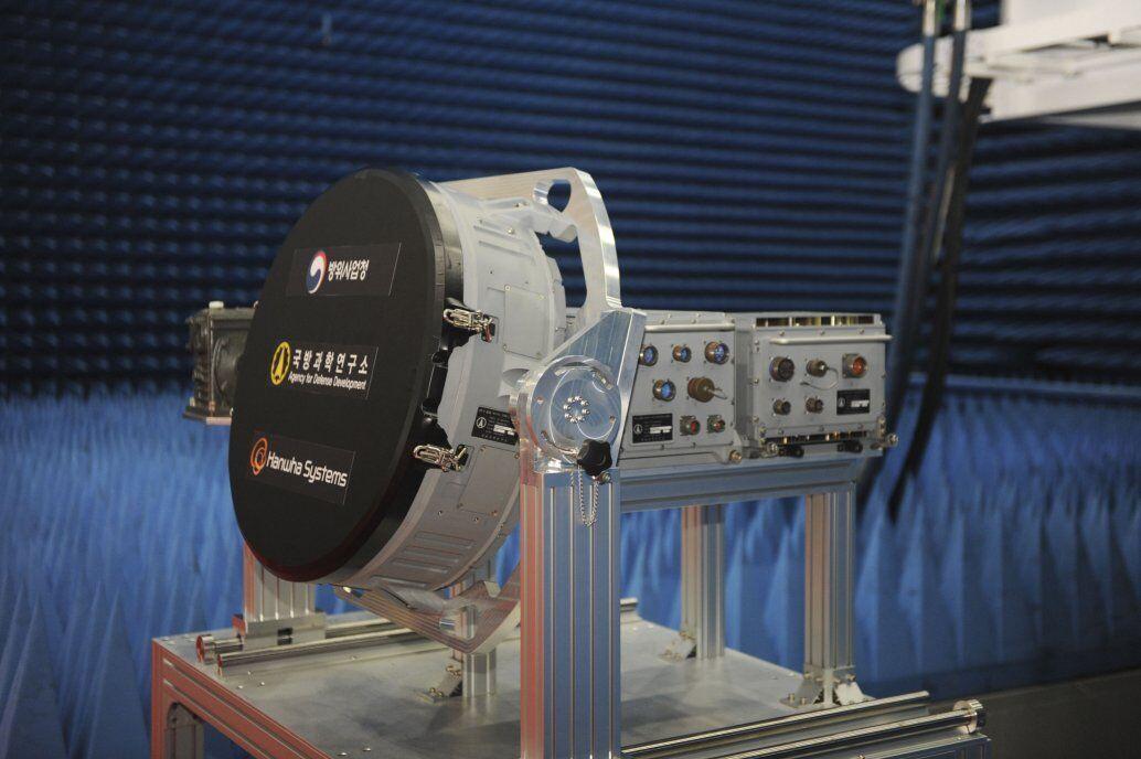 韩国公布一款自主研制先进雷达将用于下一代战斗机KF-X