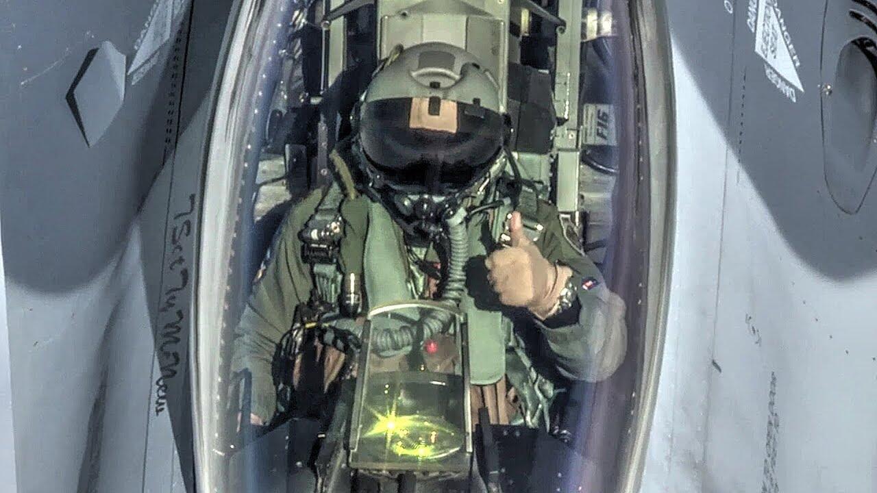 电影剧情成真!美军F16飞行员将与人工智能进行对抗