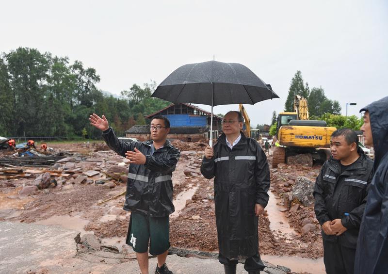 尹力赴雅安指导抢险救灾工作严密防范强降雨引发的各类灾害 千方百计保障群众生命财产安全