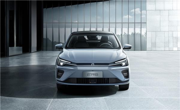 上汽荣威R标首款新车上市 天猫成其线上唯一销售平台