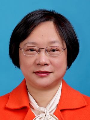 让校园成为放飞儿童梦想的地方——记上海市实验小学校长、教师杨荣