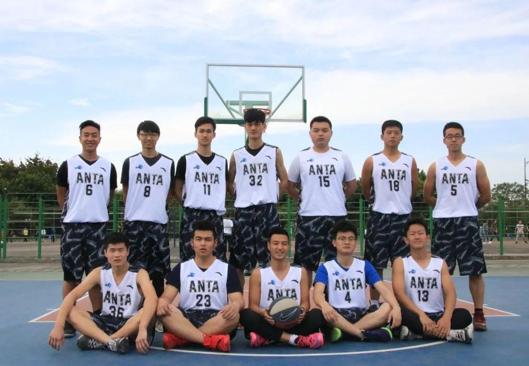 """""""德智体""""全面发展,川大篮球校队的优秀毕业生实力诠释!"""
