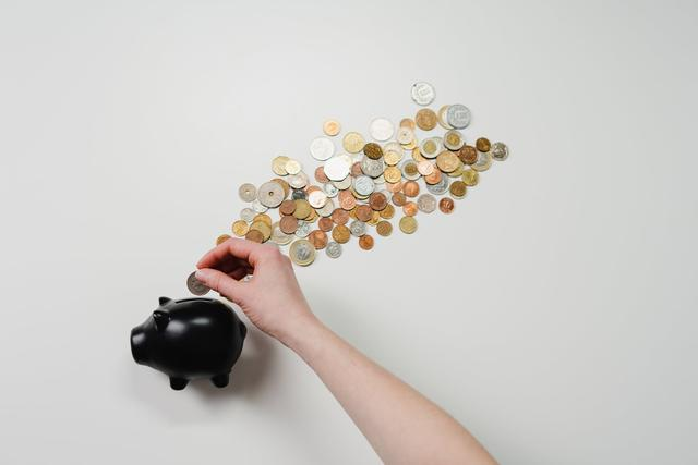 晚报丨网贷平台专项整治年底或将基本结束;蚂蚁集团接受上市辅导
