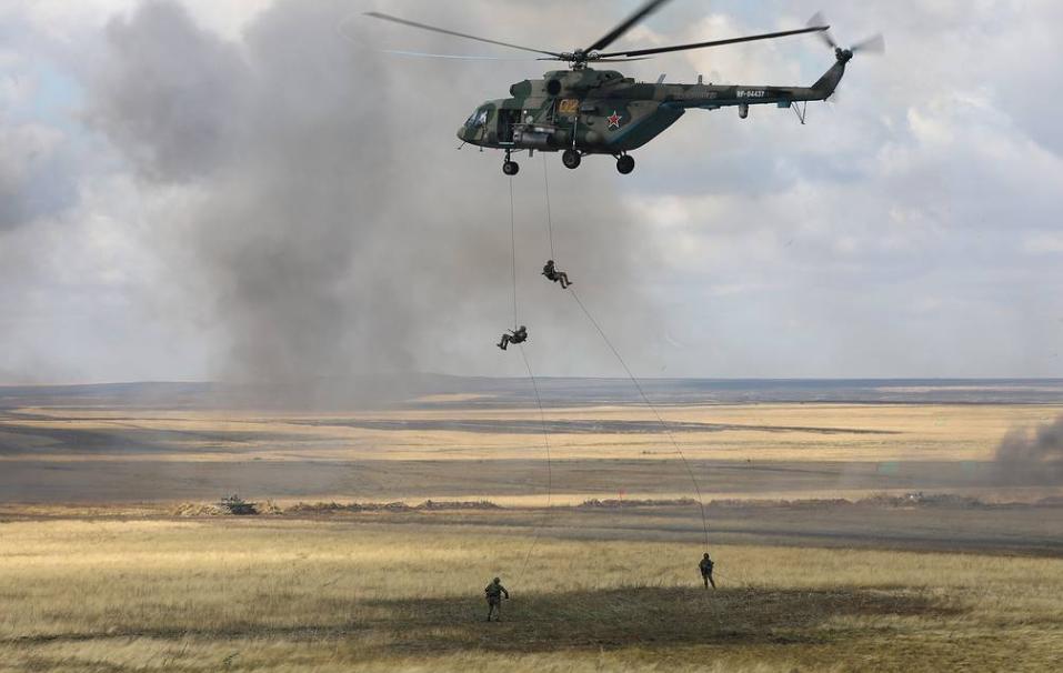 俄罗斯中央军区举行大规模军演