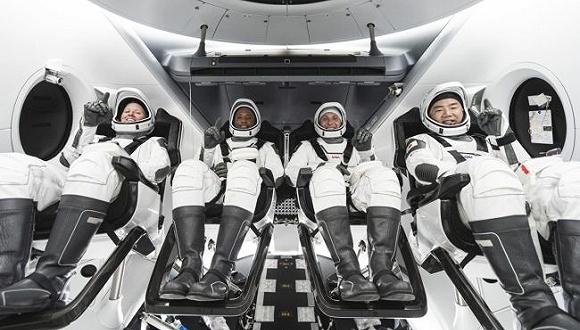 SpaceX开始执行NASA商业载人航天任务,10月将送4名宇航员前往国际空间站