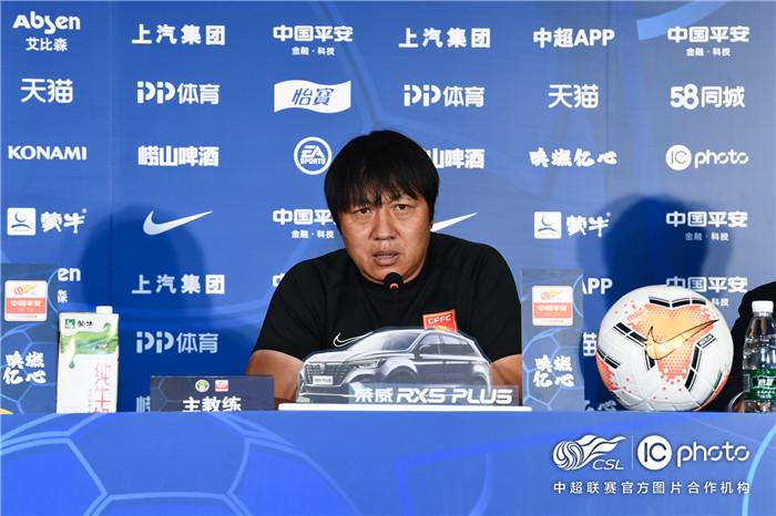 赛前声音 | 谢峰:困难时期争取赢下比赛 施蒂利克:提升整体防守是基础