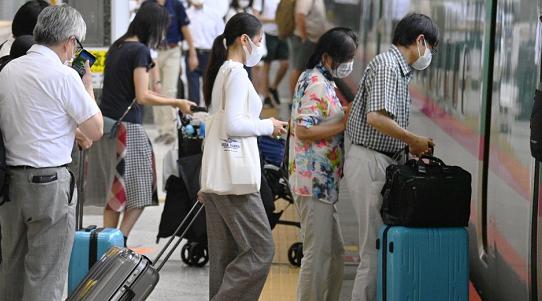 感染状况严峻 日本东京新增确诊病例中年轻人超半数