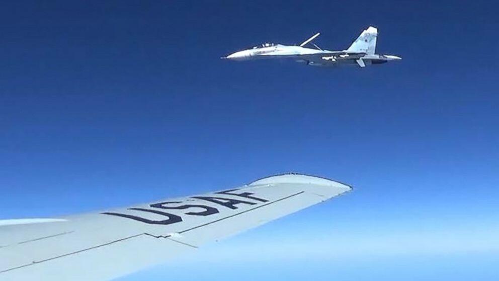 俄军战机又在黑海上空拦截侦察机这回却不是美国的