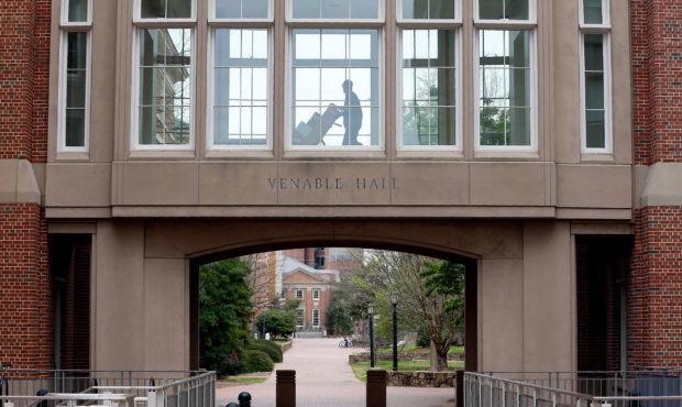 《【摩登2娱乐登陆官方】开学一周130名学生感染新冠 美国一大学停止当面授课》