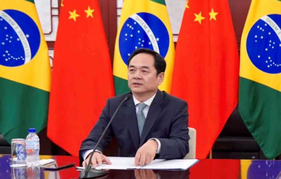 △中国驻巴西大使杨万明