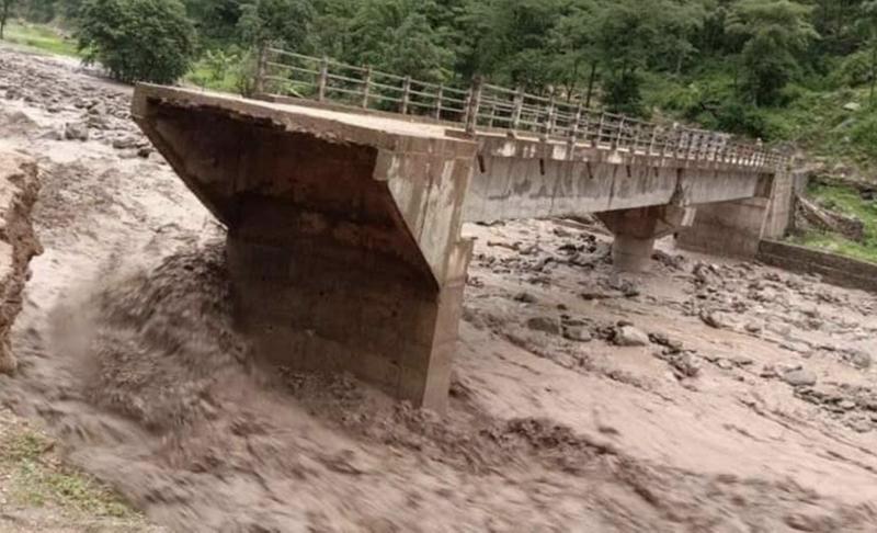 《【华宇在线娱乐】尼泊尔远西部地区发生洪水和泥石流 造成10人死亡》