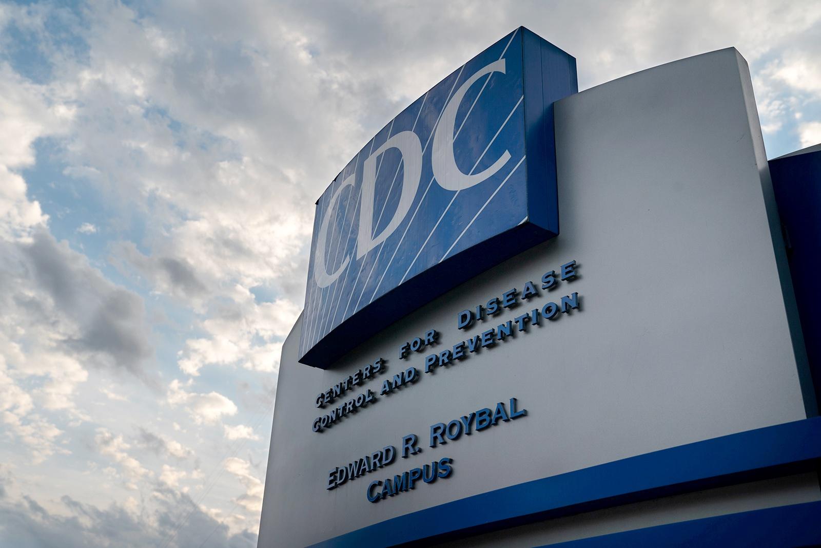 美疾控中心预测:未来3周 将有2万美国人死于新冠肺炎