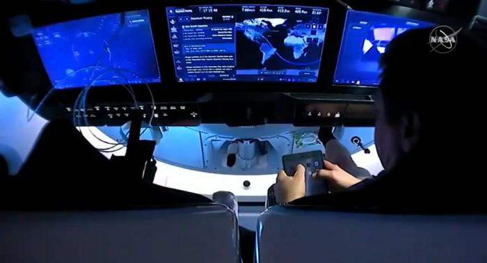 """宇航员乘坐SpaceX飞船返航中iPad上Safari出现""""无法连接到网络""""错误"""