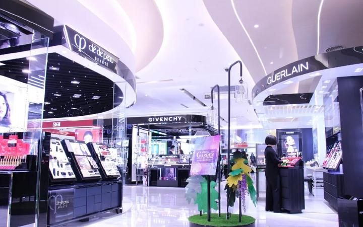 深圳芮欧百货、日本吉野家、优衣库宣布关店;万达等多家商场开业…   赢商周报