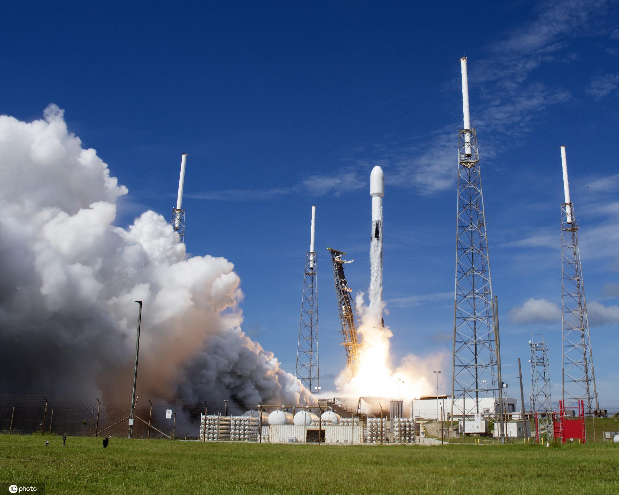 Space X将第11批星链卫星送上太空