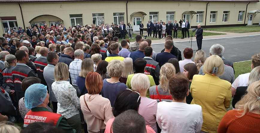 白俄总统卢卡申科:美国和欧洲在白俄罗斯策动骚乱