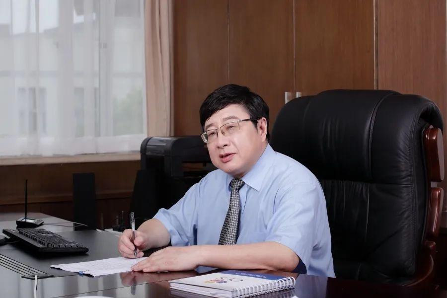 暨大副校长叶文才:唯有兴趣和坚持,才能到达理想的彼岸
