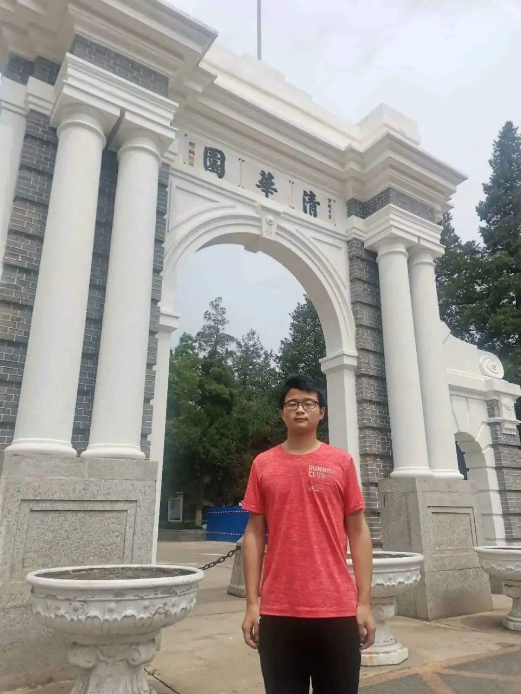自强少年吴国华:希望未来能在芯片领域为国家作贡献