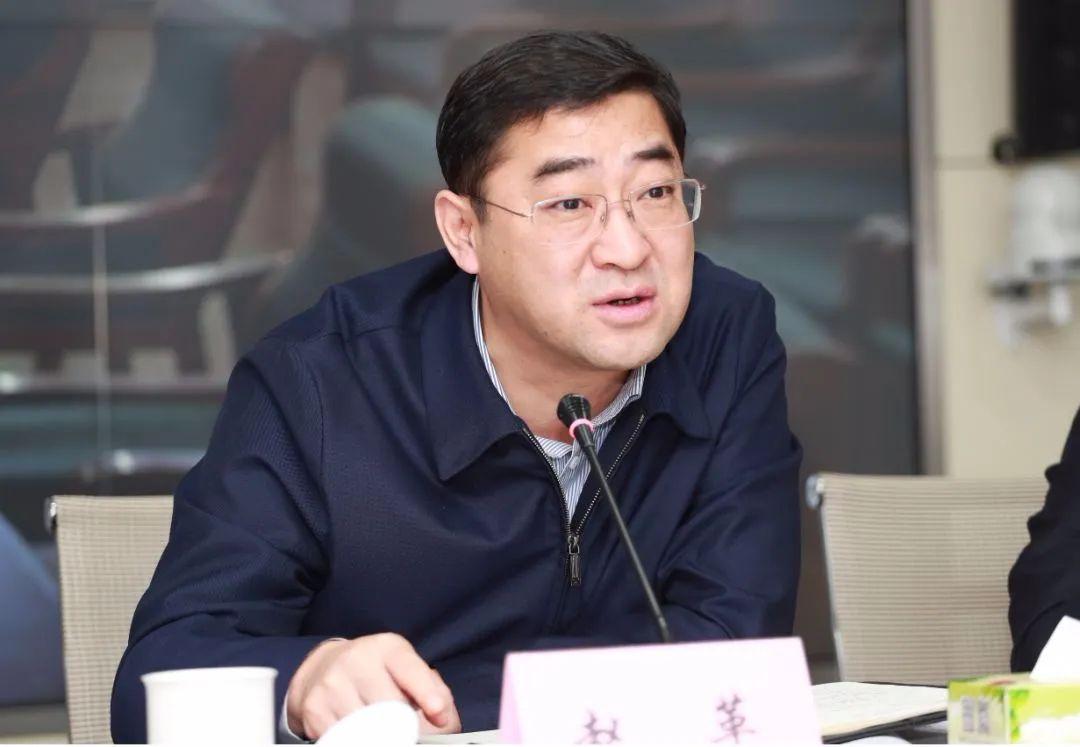 跨省任市长8个月后 他成全省最年轻市委书记