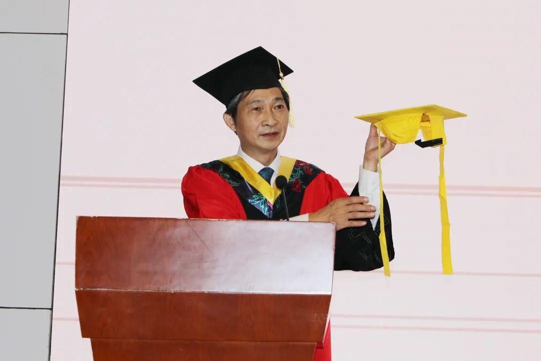 在担当中绽放青春:华中农大举行2020年八月学位授予仪式