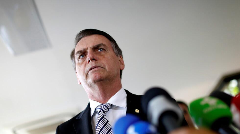 巴西总统嘲讽记者:若你们得新冠 活下来可能性小得多