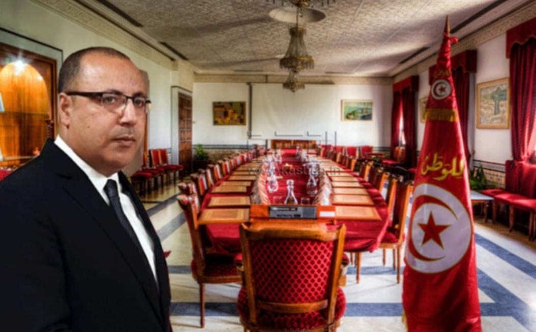 △突尼斯总理希沙姆·迈希希