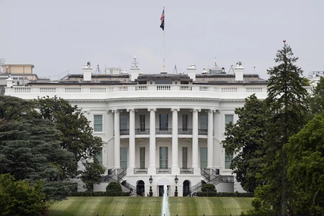 这是5月21日在美国首都华盛顿拍摄的白宫。新华社发(沈霆摄)