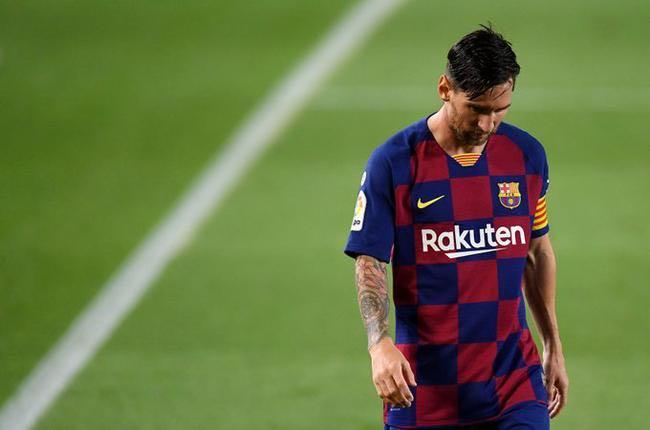 阿根廷媒体:梅西已与球队沟通 将启用离队条款
