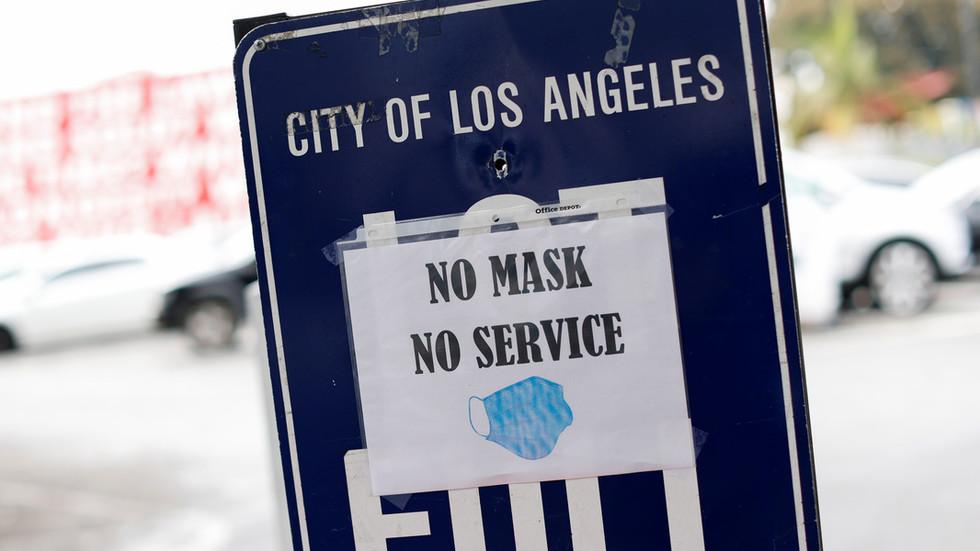 美疾控中心建议服务人员:若顾客不戴口罩还发怒快躲