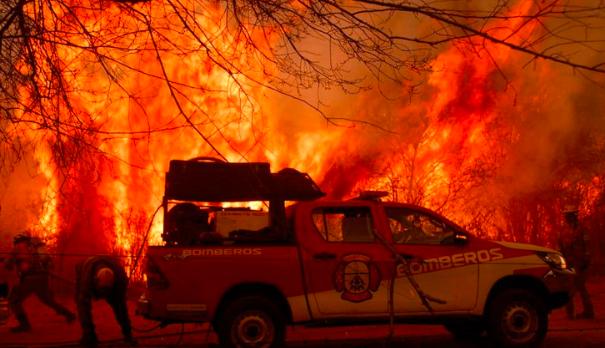 阿根廷近半省份发生大规模山火 过火面积超12万公顷