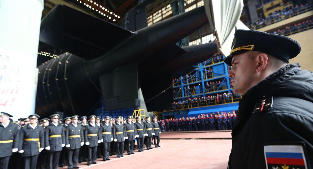 俄军测试神秘潜艇 排水量3万吨能搭载6艘核鱼雷