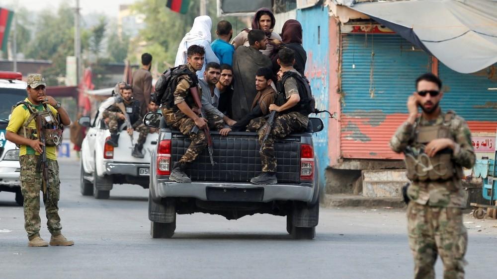 阿富汗监狱突发爆炸和枪战致11死42伤 百名囚犯逃跑