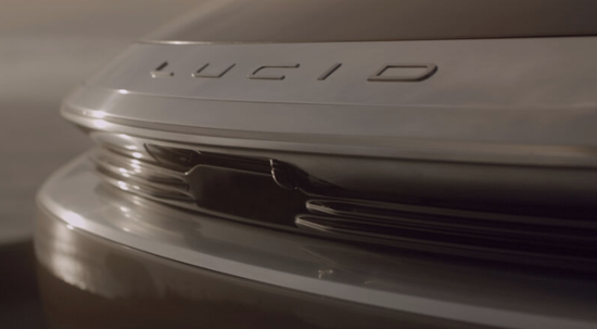 Lucid正在挑战特斯拉的自动驾驶技术