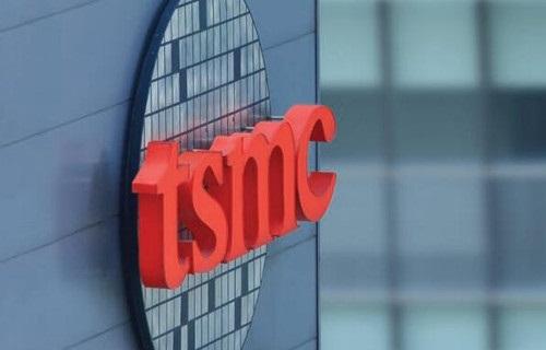 外媒:光刻机制造商 ASML 是台积电 14 家优秀供应商之一