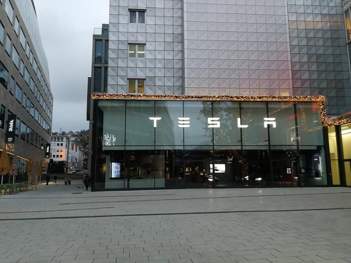 特斯拉计划在北美和海外市场建更多零售店 重点是中国市场