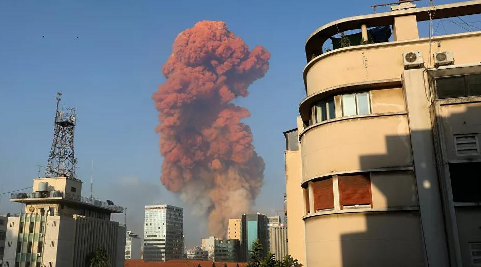 贝鲁特港口区剧烈爆炸(俄罗斯卫星网)