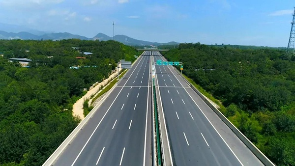 [河北]省电视台新闻联播报道京津冀交通一体化发展成就(图)