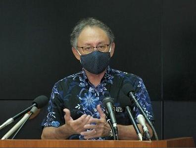 冲绳县知事玉城丹尼(琉球新报)