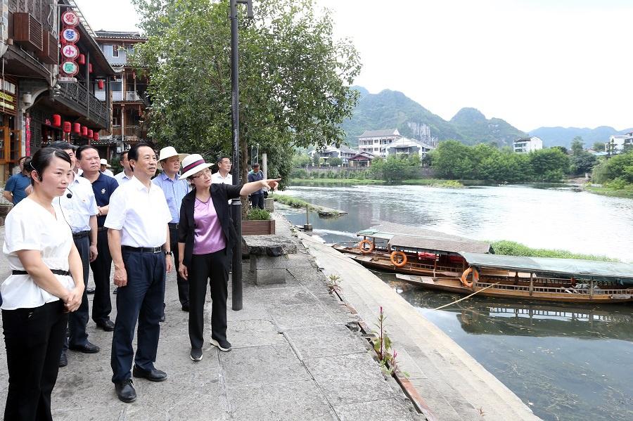 许达哲赴张家界、湘西州调研时强调:提高全面小康成色