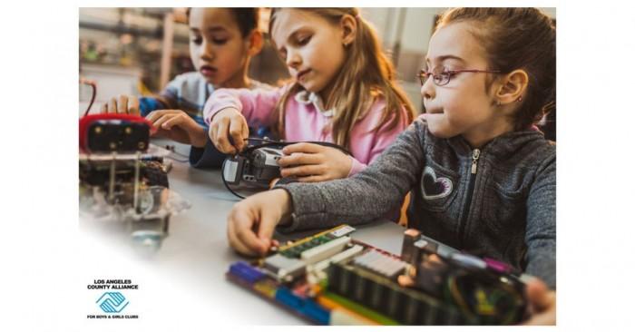 [图]ViewSonic捐赠300台树莓派瘦客户机 更好激发孩子创造力