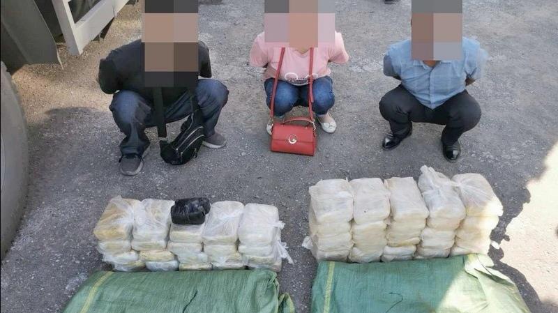两大麻袋!云南凤庆警方破获特大运输毒品案 缴毒逾36公斤
