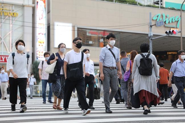 每经连线日本医疗治理研究所理事长上昌広:应对第二波疫情 日本应增加核酸检测数量