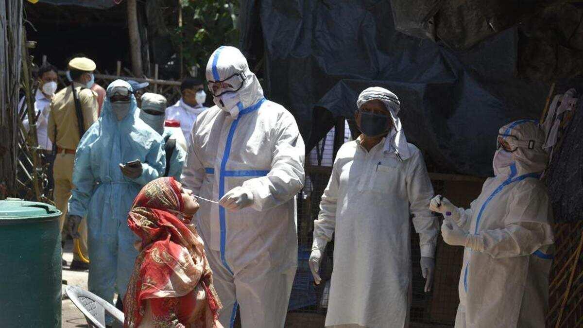 印度累计8.7万医务人员确诊新冠肺炎 573人死亡